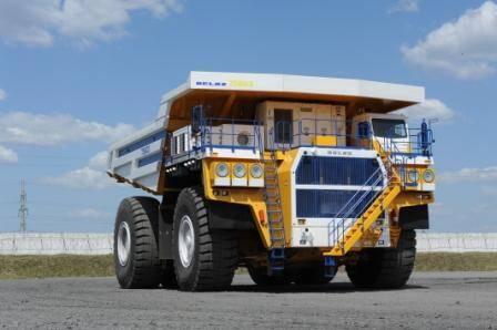 БелАЗ представил новый карьерный самосвал