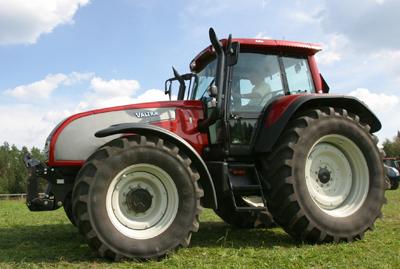 Популярностью и трактора из японии